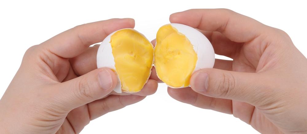 Takara Tomy Egg - Uova cotte dopo essere state centrifugate | TuttoSulleGalline.it
