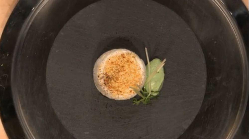 La nuovola d'uovo, presentazione della ricetta dello chef stellato Baldessari