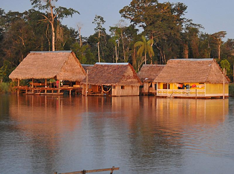 Quartiere galleggiante Iquitos - Perù (Amazzonia)