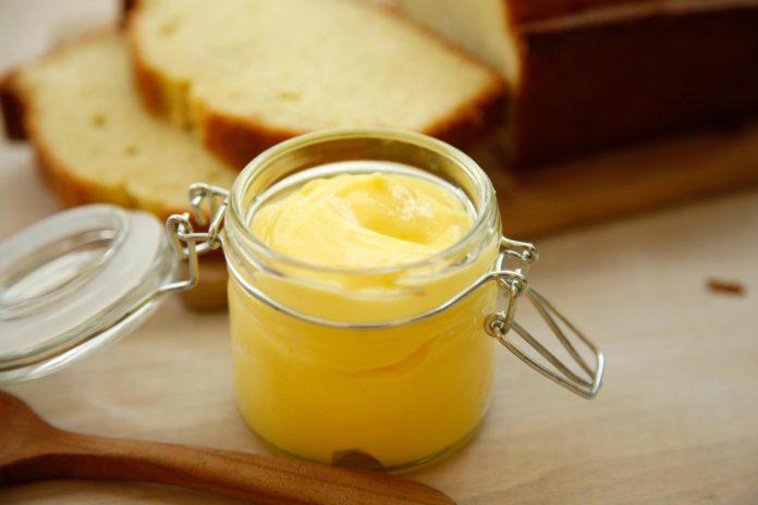 Lemon curd: uova e limoni per una ricetta molto british | Tuttosullegalline.it