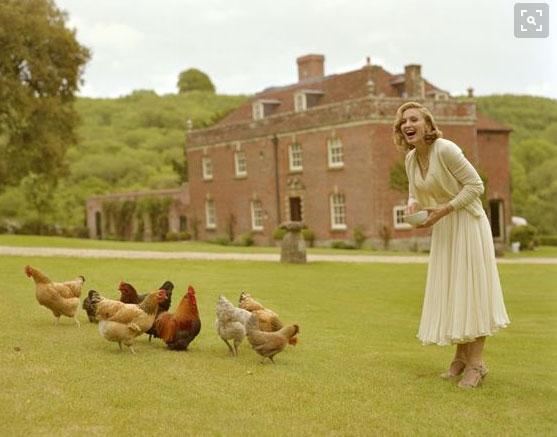 Madonna con le sue galline