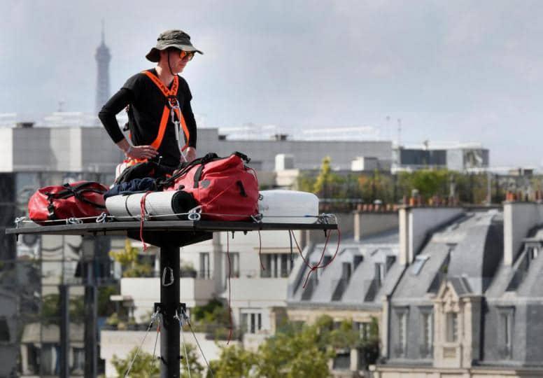 Poincheval sulla piattaforma a 18 metri di altezza