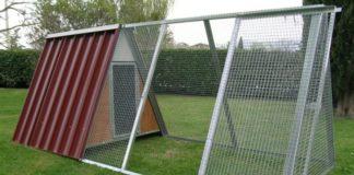 Pollai prefabbricati a casetta triangolare Ferranti