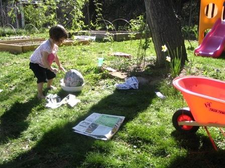 Realizzare un uovo di Pasqua di carta ... un gioco per bambini