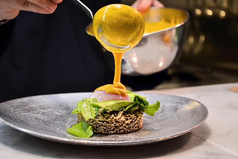 Uovo benedict, menu Eggs, Roma