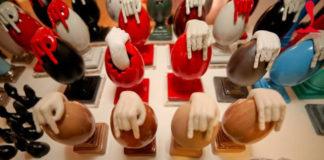 L'uovo di Pulcinella dell'artista Gennaro Regina   Tuttosullegalline.it