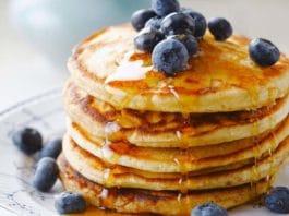 Pancake con uova fresche: colazione (o brunch) soffice e nutriente | Tuttosullegalline.it