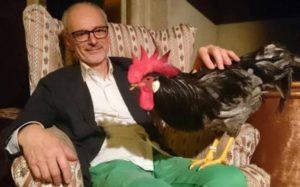 Ugo Cavagnini con il suo gallo Livorno Campione Europeo