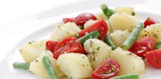 Insalata nizzarda: ricetta gustosa con fagiolini freschi e uova sode | TuttoSulleGalline.it
