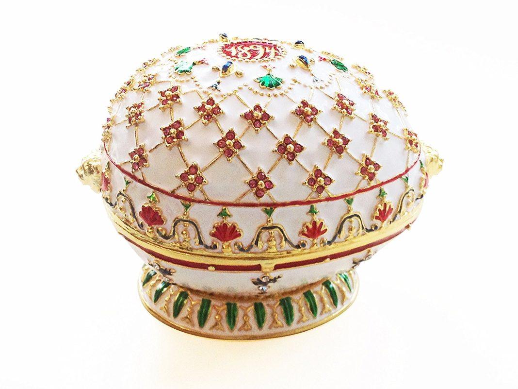 Portaoggetti ispirato all'uovo Fabergé