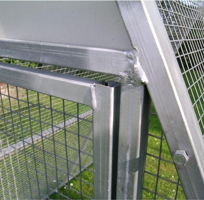 Parte di pollaio in acciaio zincato