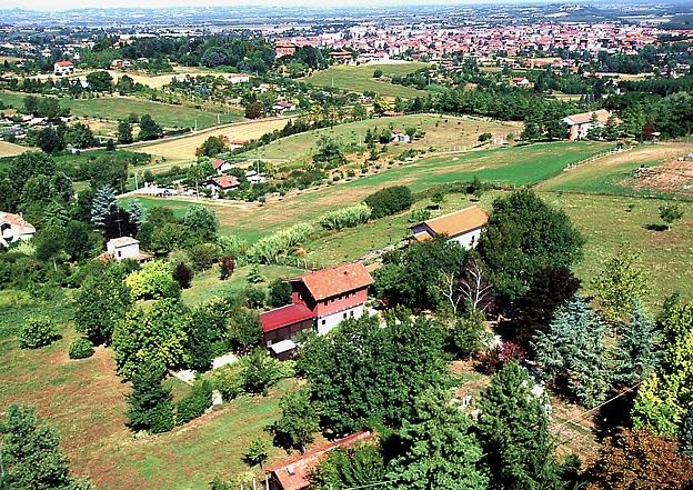 Tenuta Elio e Claudia nella campagna del Monferrato