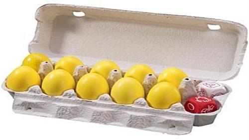 La confezione del gioco fatta come un porta-uova in cartone