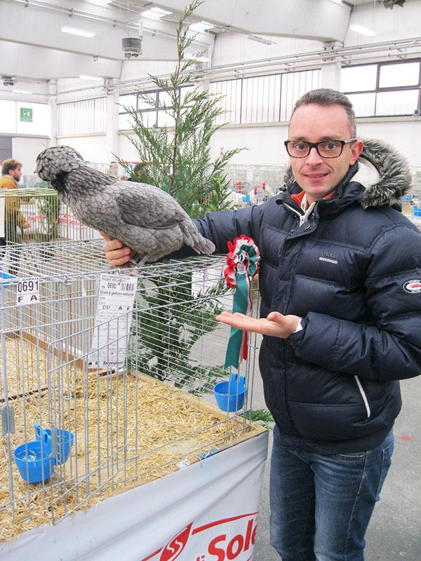 Andrea Pozzato di gallinapadovana.net con la sua campionessa
