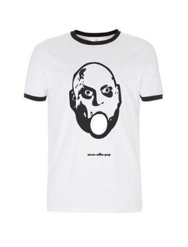 La t-shirt di Uovo alla Pop