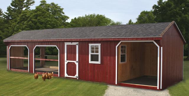 Grandissimo pollaio da giardino verniciato in stile fienile rosso