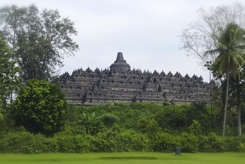 Il tempio di Borobudur, patrimonio dell'umanità, nell'area centrale dell'Isola di Giava