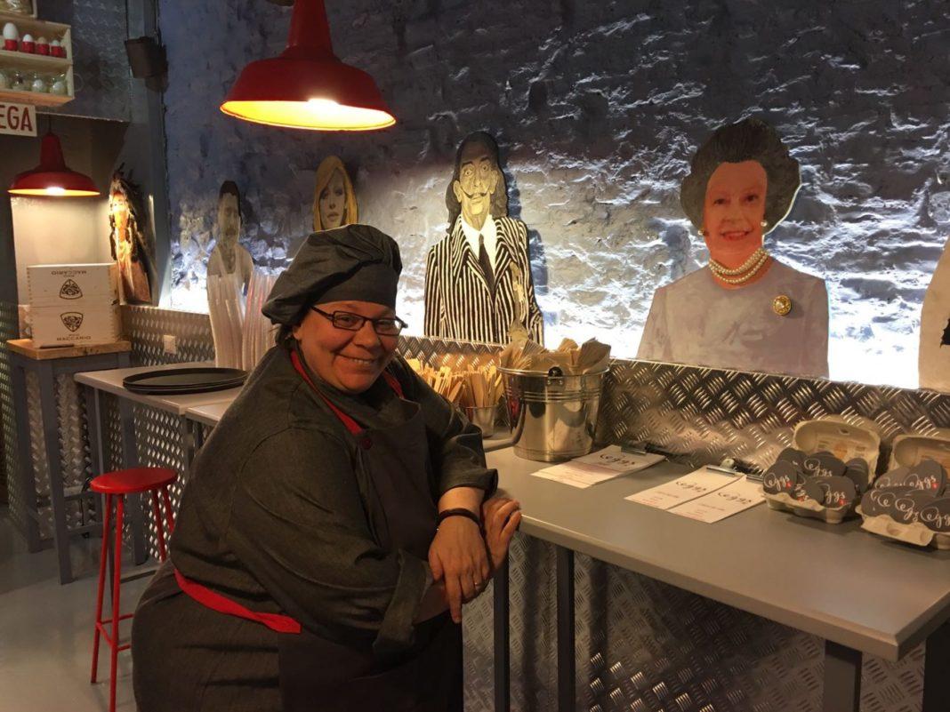 Chef Barbara Agosti nel giorno dell'inaugurazione di Eggs, Roma