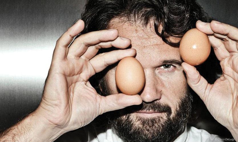 Chef Carlo Cracco, tuorlo d'uovo fritto o Uova alla Cracco
