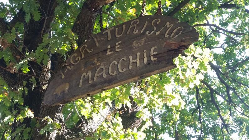 L'ingresso al cascinale Le Macchie