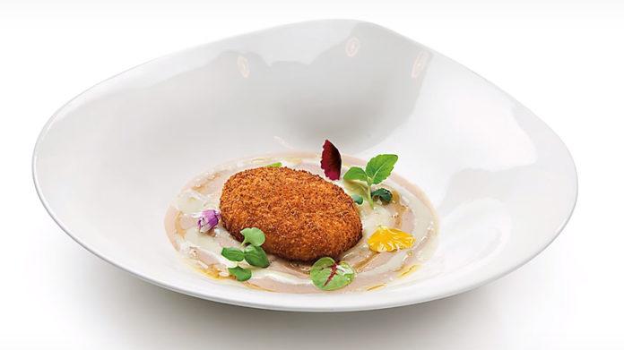 Uovo croccante con gorgonzola e castagne dello chef Antonino Cannavacciuolo | Tuttosullegalline.it