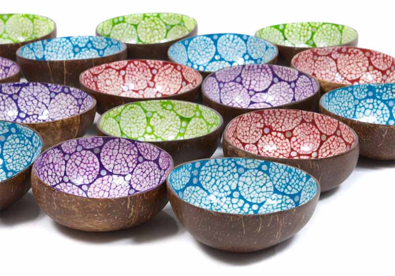 Ciotola in bambù con la mosaicatura Eggshell Mosaic Art interna