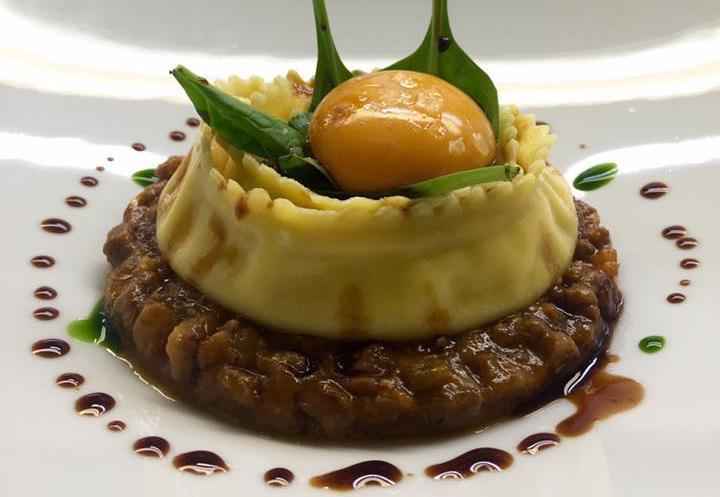 """""""L'uovo di montagna bio nel menù autunnale del ristorante Antiche Mura di Riva."""