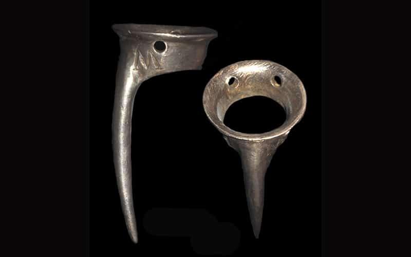 Speroni medievali (13°-15° secolo) per armamento dei galli da combattimento