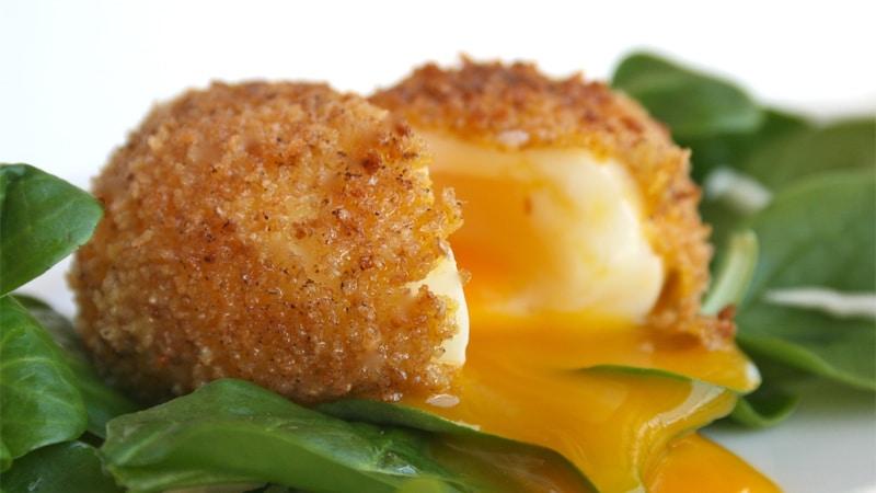 Uovo bazzotto, impanato e fritto