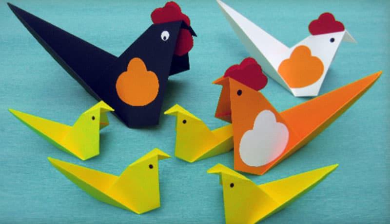 Pollaio origami multicolore e multiforme
