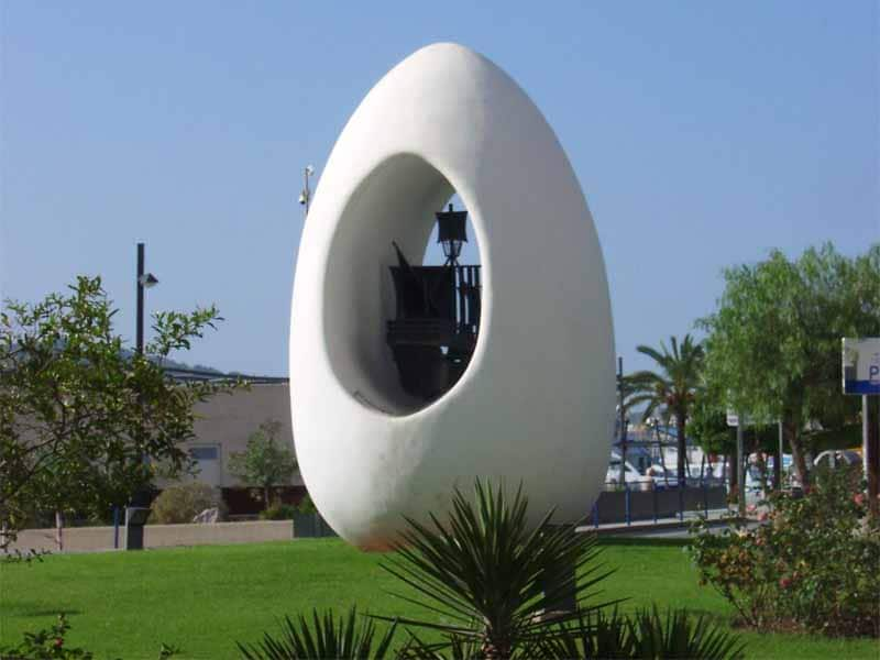 L'uovo di Colombo ad Ibiza presso Sant Antoni de Portmany