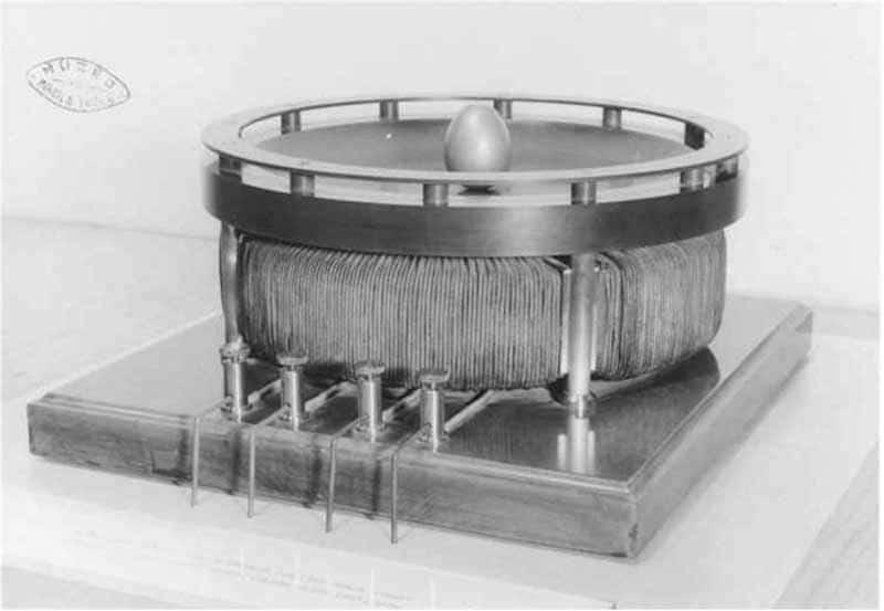 La ricostruzione della dimostrazione dell'Uovo Elettromagnetico di di Tesla