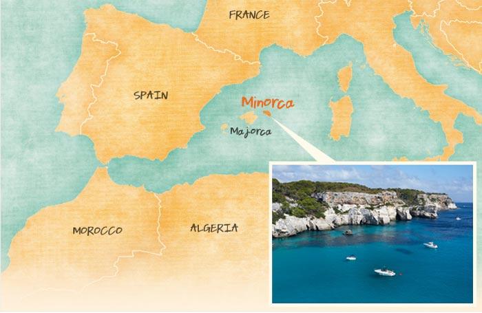 Le splendide scogliere dell'Isola di Minorca