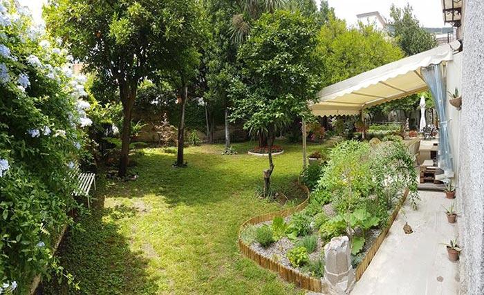 Il giardino con l'orto e le aromatiche