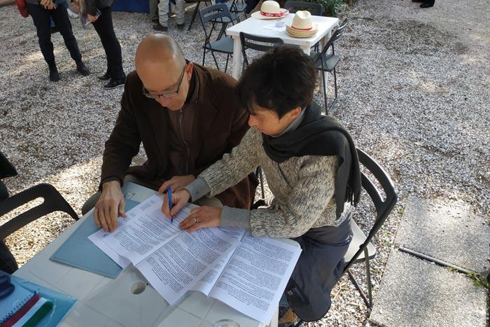 La firma della convenzione tra Club Italiano Razza Livorno (Dott. Corrado Minazza) e il Museo di Storia Naturale del Mediterraneo (Dott.ssa Anna Roselli)