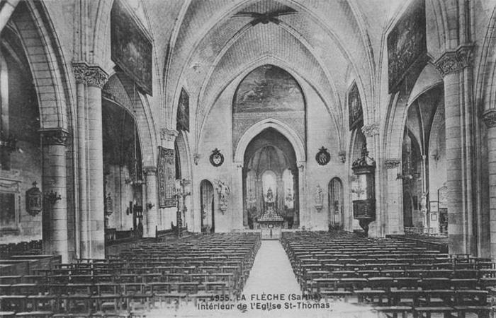 Cartolina dell'interno della Chiesa di Saint Thomas a La Flèche