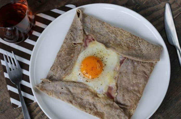 Galette Bretonne, crêpe salata con grano saraceno (ricetta tipica della Bretagna) | Tuttosullegalline.it
