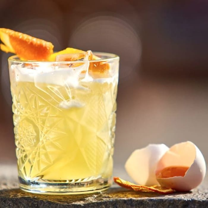 Whisky Sour: cocktail all'uovo (con solo albume)