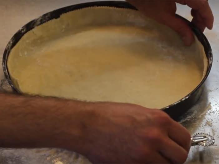La base di pasta briseé (da precuocere 12 minuti)