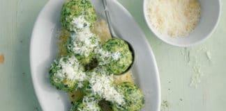 Canederli al formaggio con erbette aromatiche (e brodo vegetale) | Tuttosullegalline.it